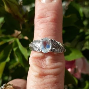 Jewelry - Aquamarine diamond ring size 8